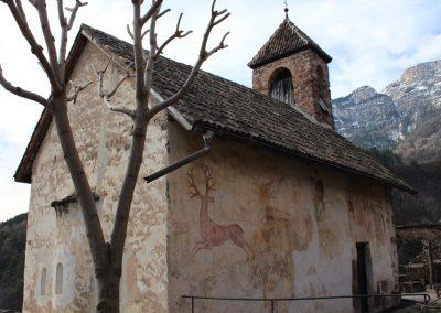 Burgkapelle Hocheppan Fresken außen 1170x877 - Kopie